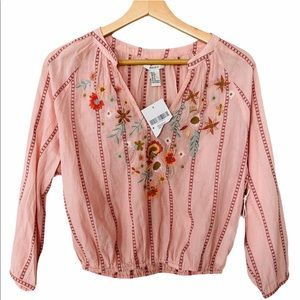 Forever 21 Peasant Boho Embroidered Blouse Top